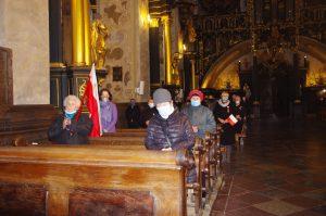 Msza Święta - widok kościoła
